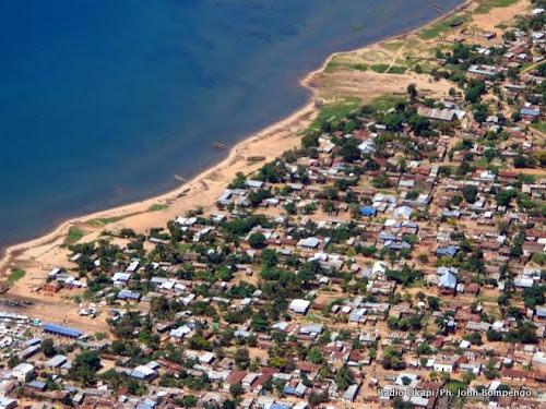 Une vue aérienne de la cité d'Uvira, dans la province du Sud-Kivu (RDC).