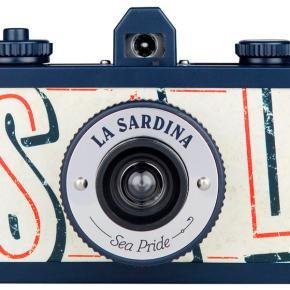La Sardina, a lata de peixe para fotografia grande-angular - Frente - DXFoto