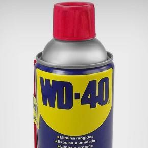 Limpando filmes com WD-40