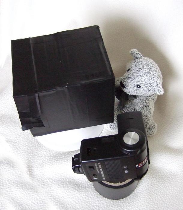 Fotografando - Câmera de Canudinho - © Howard on Flickr