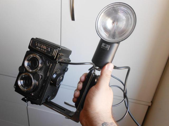 Usando Flash em câmeras sem sapata sincronizada (hotshoe)