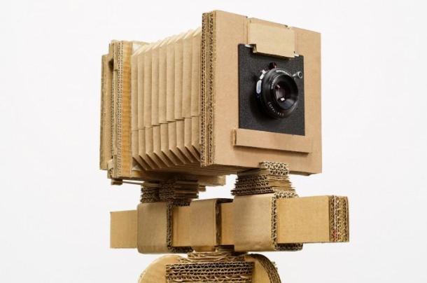 A câmera de papelão de Drew Nikonowicz