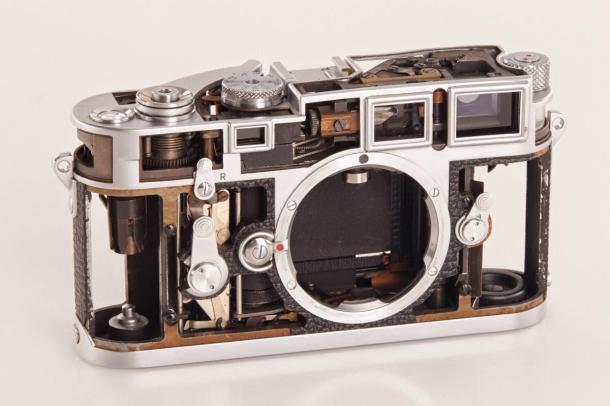 A Leica M3 recortada e sua beleza interior