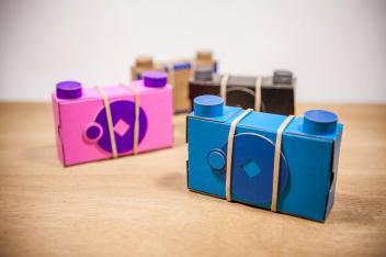 Uma pinhole de papel fácil de montar e de graça - DXFoto 01