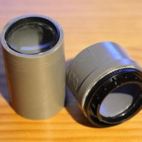 Lente fotográfica construída com cano de PVC e lupa