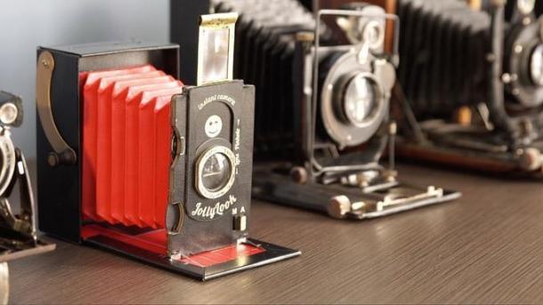 Jollylook é uma câmera de fole instantânea de papel cartão 1 - DXFoto