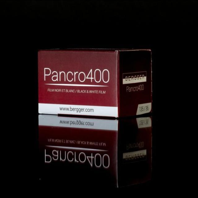 Pancro400, filme preto e branco com emulsão dupla