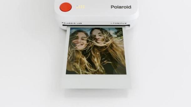 Polaroid Lab, outro
