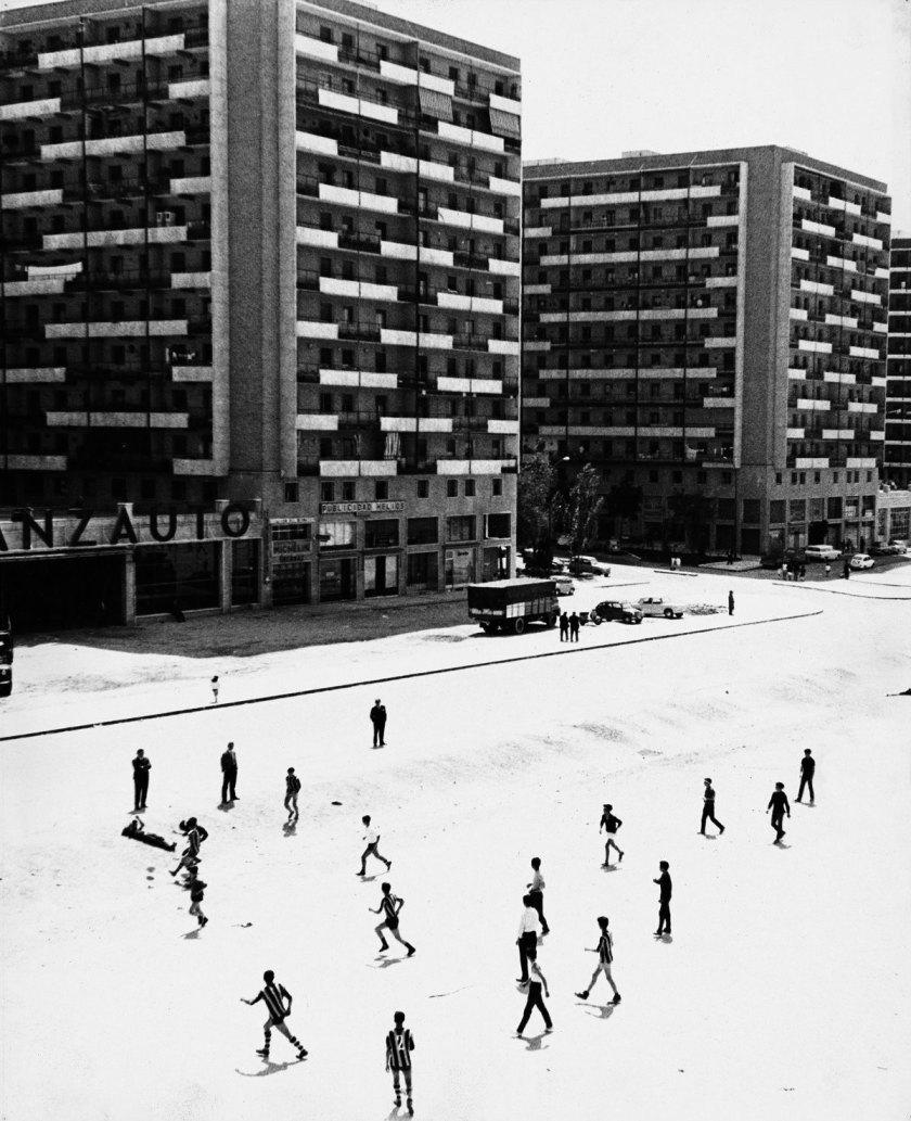 Francisco Gómez [Barrio de la Concepción. Madrid], 1966 Gelatina de plata, copia de época, 30x24 cm © Archivo Paco Gómez / Fundación Foto Colectania