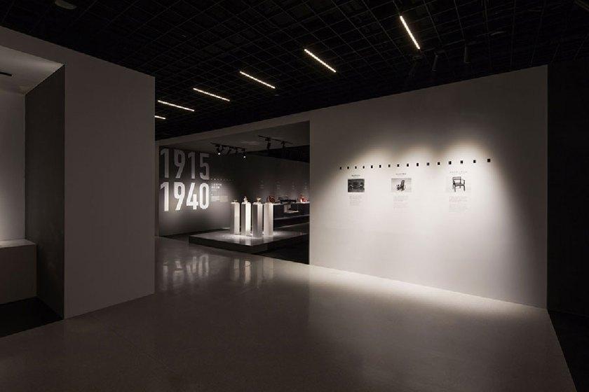 DXI_AUTO_MUSEUM_08