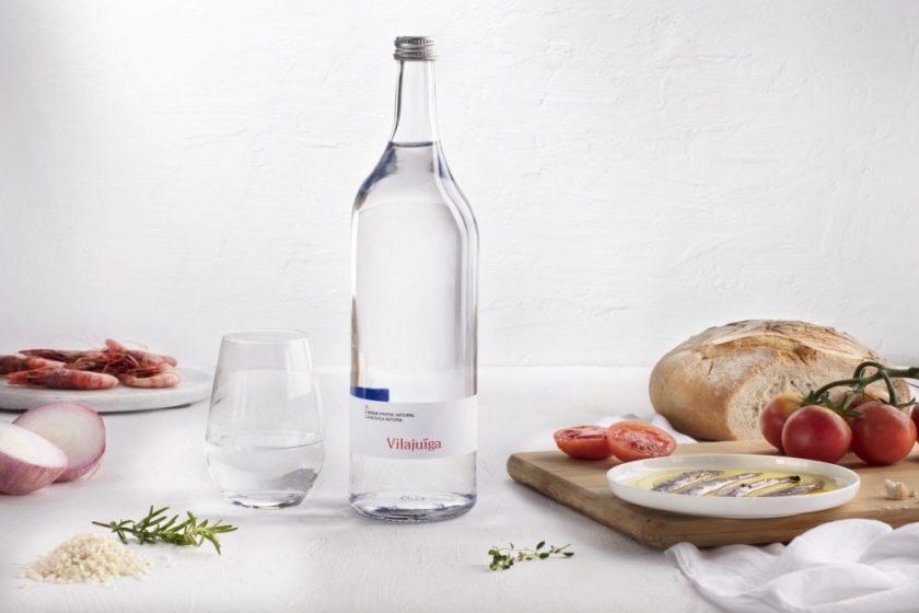 Ampolla Vilajuïga Diseño : Mos. Más sobre simplicidad. Empresa : Aigües Minerals de Vilajuïga, SA