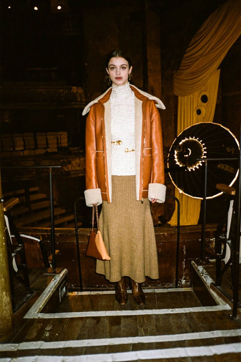 london-fashion-week-intimidad-desde-las-pantallas-Nanushka-07