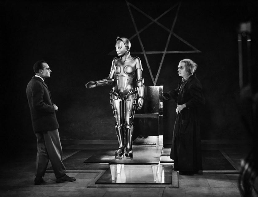 """María de """"Metrópolis"""" (película dirigida por Fritz Lang en 1927) una ginoide capaz de desarrollar sentimientos y emociones que es utilizada como instrumento de venganza."""