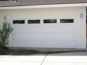 Long Panel White w/Plainlite Windows