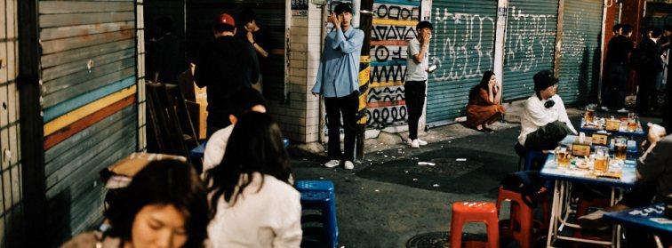 Street scene in Seoul's nogari streets in Euljiro