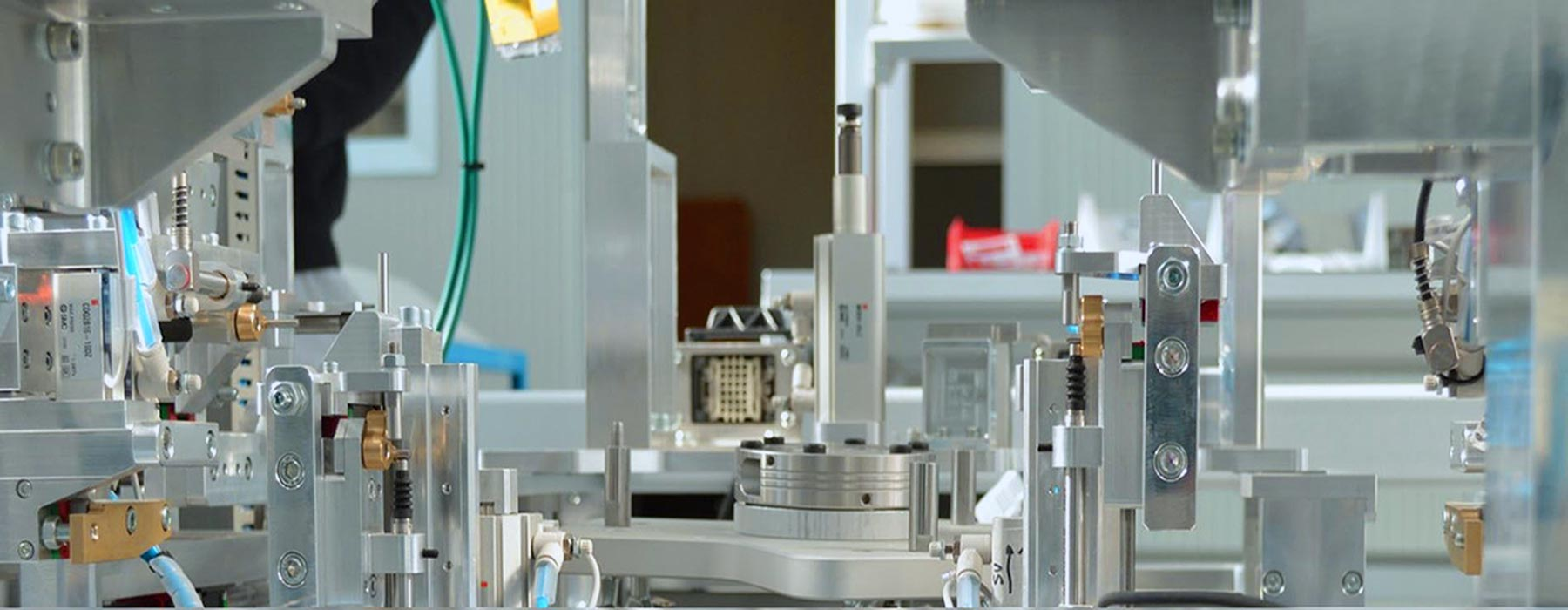 DYMACO GROUP - Industrial Automation Solutions