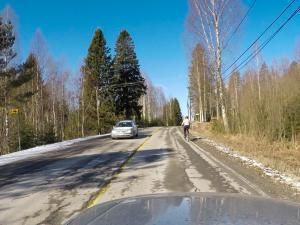 Rauhallisuus takaa pyöräilijän turvallisen ohittamisen