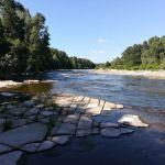 Photo de la rivière Ardèche, en amont de Voguë