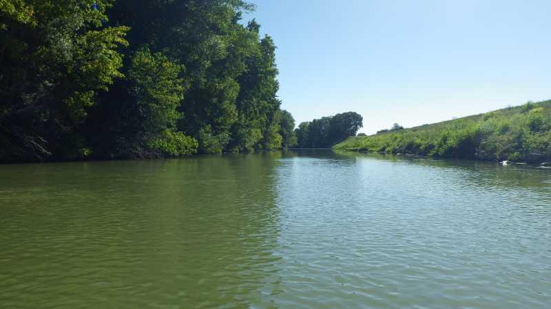 Vue sur le rivière Aude
