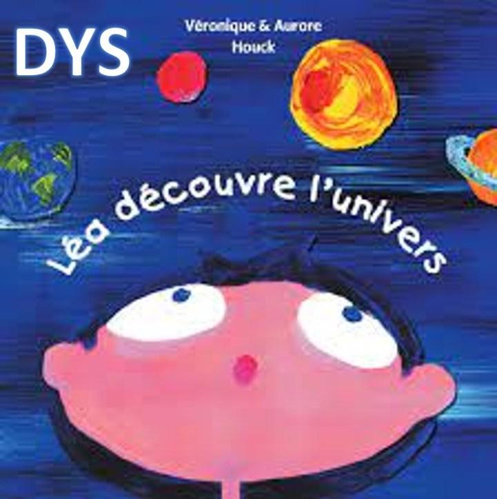 Léa découvre l'univers texte-tapuscrit dys