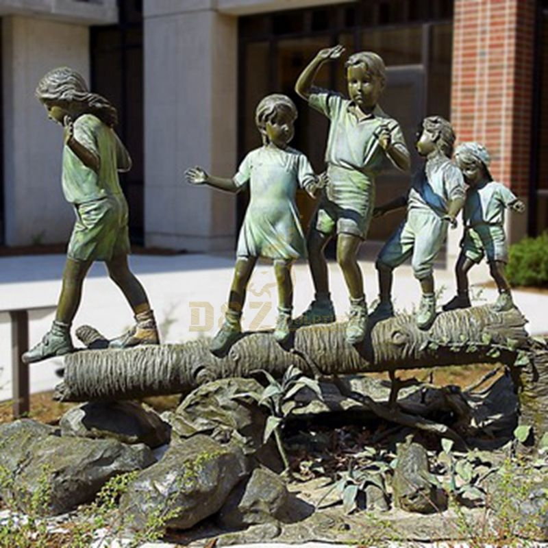 Handmade Outdoor Boy And Girl Garden Statues For Sale