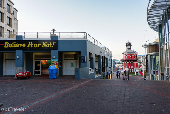 A view of V&A Waterfront in the evening.
