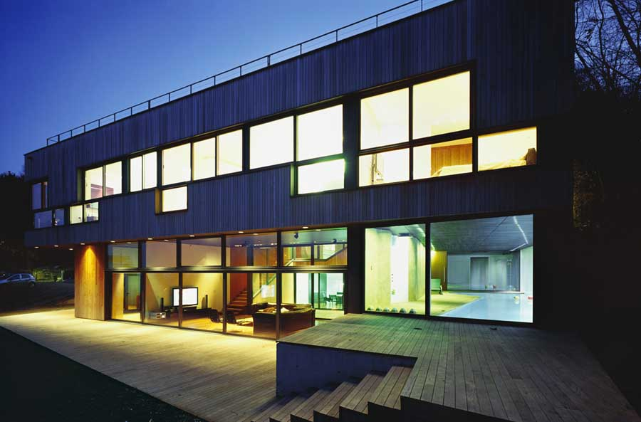 Experiencing Modern Luxury Modern Property E Architect