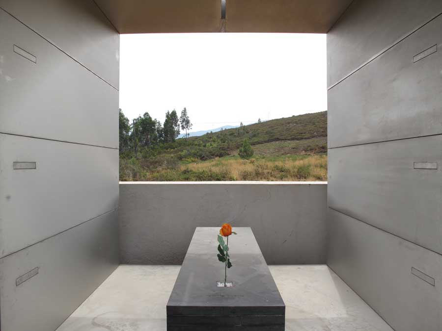 Family Tomb In The A 231 Or Mountains Portugal E Architect