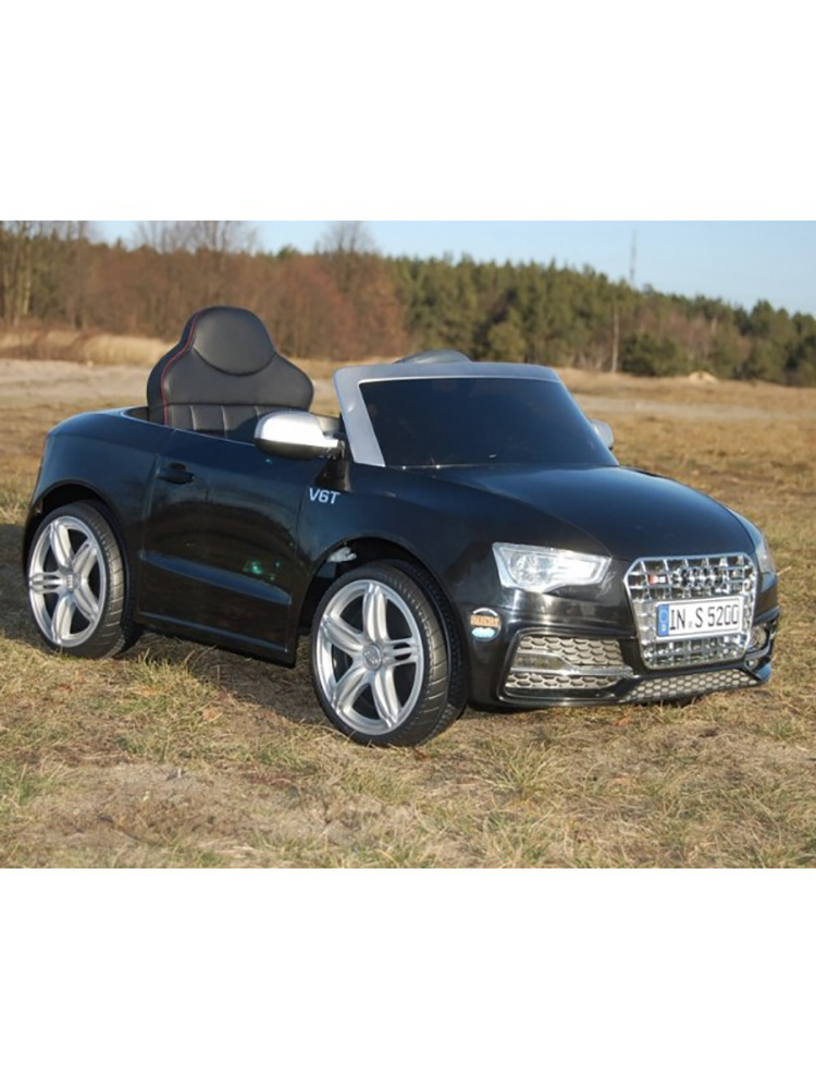 voiture lectrique 12v style audi s5 noire. Black Bedroom Furniture Sets. Home Design Ideas