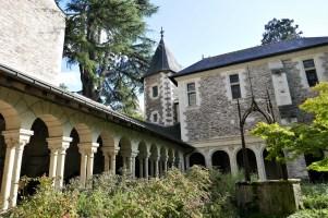 Angers cloitre St Jean