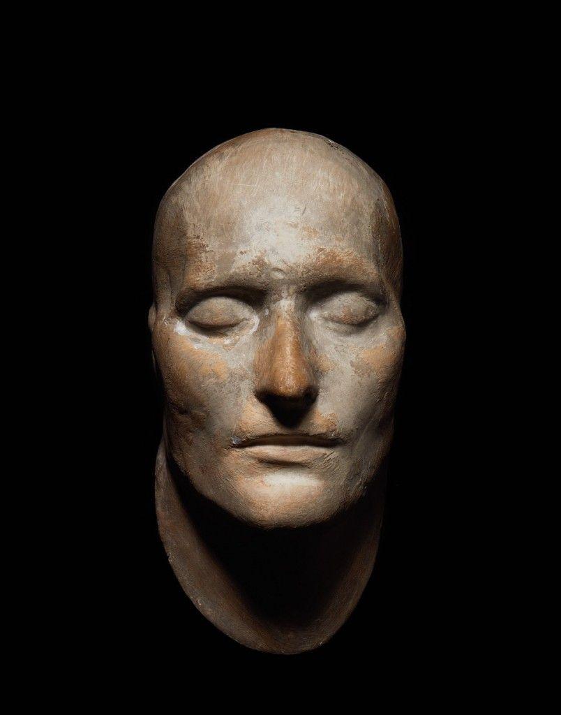 """Máscara mortuoria de Napoleón llamada """"Boys""""."""