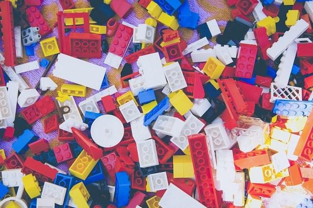 LEGO kaina