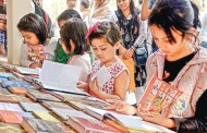 Book fair abuzz with weekend visitors