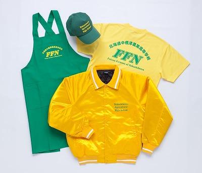 キャップ、エプロン、Tシャツを製作して4点セットで納品