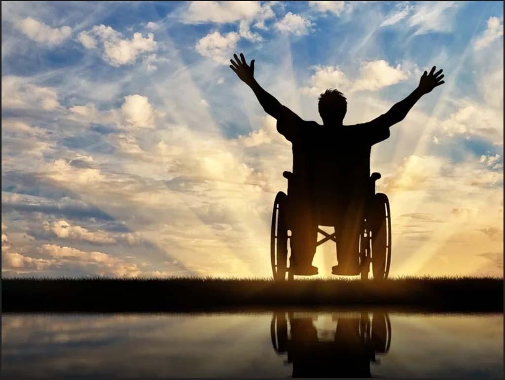 Ανάπηροι άνω των 24 ετών δεν δικαιούνται κοινωνικό μέρισμα. Λες και η αναπηρία είναι παιδική νόσος σαν την ιλαρά!