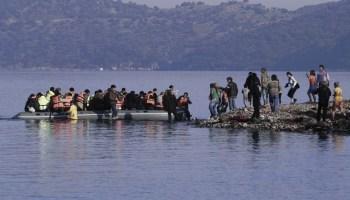 Τουρκική επιχείρηση «εισβολής» – Αποβίβασαν «μετανάστες» σε φυλάκιο του Ελληνικού Στρατού