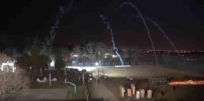 Έβρος: Νύχτα κόλασης με χημικά σε ελληνικό φυλάκιο