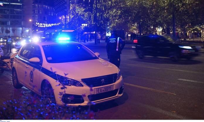 Συναγερμός στον Ασπρόπυργο: Επιτέθηκαν με πέτρες σε αστυνομικούς