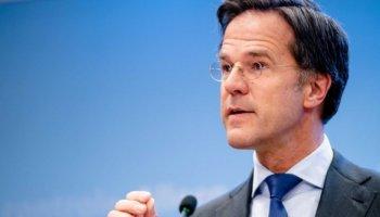 Ένα βήμα πριν να «πέσει» η ολλανδική κυβέρνηση: Η εφορία «κυνηγούσε» οικογένειες γιατί είχαν εισπράξει επιδόματα