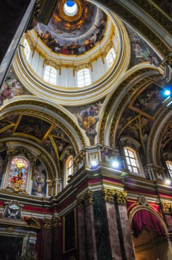 Beautiful interior of St. Paul's Cathedral