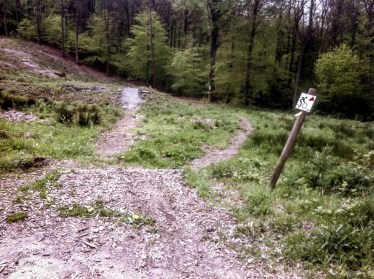 Strenuous climbs, steep descents, narrow paths and generous vistas