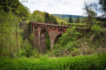 The Maare-Mosel cycle trail runs through old railway tunnels and viaducts (not this one, though!)