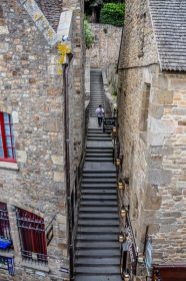 The medieval town is criss crossed with seetp stairs and narrow alleyways to explore