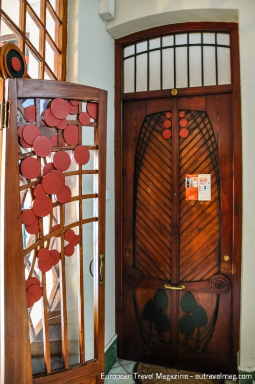Casa Ferrer at Carrer de Ciril Amorós 29