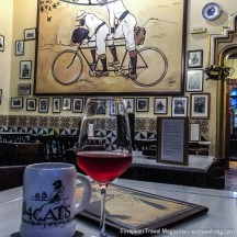The beer and wine here is not expensive either, so order a caña and cava and sit back and enjoy the ambiance