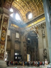 The Basilica is open daily from about 7am until 6pm and we can recommend a following visit to the Vatican Museums, St. Peter's treasury or a climb to the dome