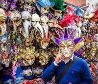 2. Be festive in a Venetian mask