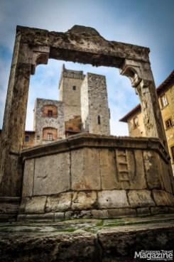 The central well at Piazza della Cisterna