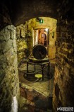 You can find small museums with relics related to farming, viticulture and torture