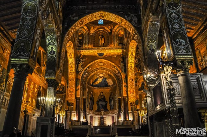 The intimate Cappella Palatina is one of the most beautiful attractions of all Palermo